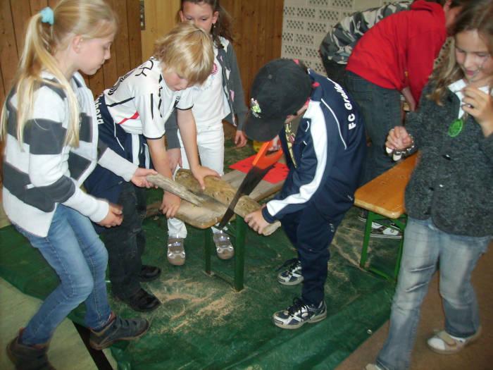 Beste Spielothek in Hausen bei Geltendorf finden